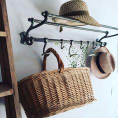 Wicker Baskets, Straw Bag, Bags, Home Decor, Sustainable Tourism, Steam Room, House, Purses, Homemade Home Decor
