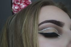 Cut crease with silver glitter