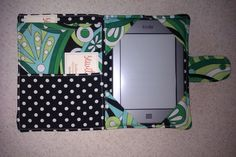 DIY kindle cover with pockets!