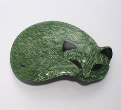 LEA STEIN curled up sleeping cat brooch 'Gomina', 1980s on Etsy, $125.00