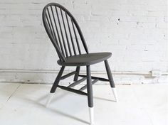 How to Color-Dip a Chair: Revamp an old wooden chair by giving it a dip dye makeover. via @domainehome
