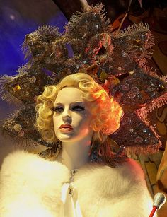 A Bergdorf Goodman window display inspired by Water for Elephants,