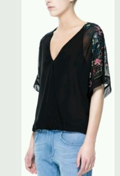 ZARA-Trafaluc-Black-Japanese-Embroided-Sleeve-Crossover-Top-Blouse-Xs-NWT