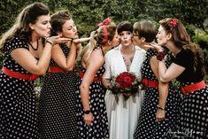 Vintagehochzeit im 50ties Style. Hochzeitsfotografin Angela Hofmann, Konstanz am Bodensee. Bridesmaid Dresses, Wedding Dresses, Photography, Fashion, Konstanz, Wedding Bride, Bridesmade Dresses, Bride Dresses, Moda