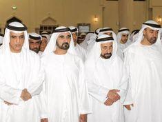 Saud bin Saqr Al Qasimi attending prayers.