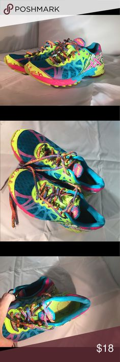 Asics gel noosa tri 7.5 women's shoes These are moderately worn, but still have plenty of life left. Priced accordingly. Very colorful! Asics Shoes Athletic Shoes