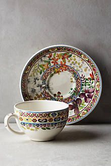 Love the details and lush colours. #tea #cup