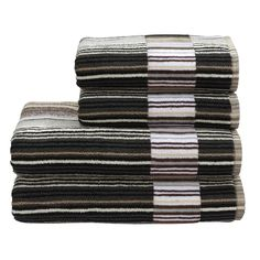 Discover+the+Christy+Supreme+Capsule+Stripe+Towel+-+Neutral+-+Bath+Sheet+at+Amara