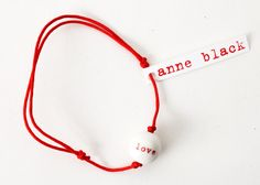 Anne Black Love Rød - Valentinsdag - Gaveide - Valentines Day - Tinga Tango Designbutik. Interiørbutik - Interior - Children - Børn - Toys - Legetøj - Brugskunst - Design - Kunst - Webshop - Billig fragt