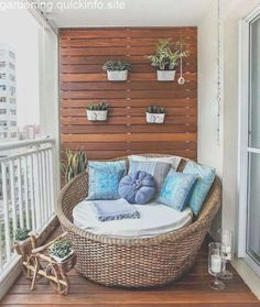 50 Modern Apartment Balcony Decorating Ideas on a Budget apartment Small Porch Decorating, Apartment Balcony Decorating, Diy Apartment Decor, Apartment Balconies, Decorating On A Budget, Cozy Apartment, Apartment Plants, Apartment Ideas, Apartment Design