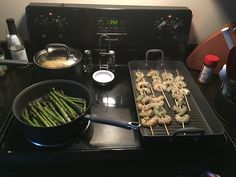 Pampered chef grill pan and presses!!! Omg grilling indoor in the ac made easy!!!  www.pamperedchef.biz/shanagordon