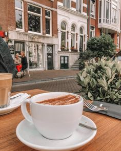 22 BEST Free Things to do in Amsterdam - SSW. Amsterdam Things To Do In, Visit Amsterdam, Amsterdam Travel, Beautiful Islands, Beautiful Places, Places In Greece, Cool Cafe, Free Things To Do, Traveling By Yourself