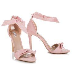 ffe409a368 32 najlepších obrázkov z nástenky Sandále (sandals)