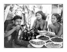 Food vendors, 1930s, photographer unknown