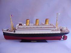 Marklin-Viktoria-clockwork-steamship-38-tin-wind-up-toy-boat-huge-german-ship