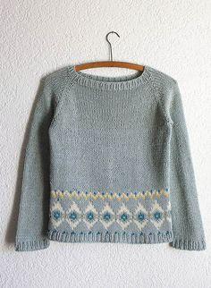 Petit Totem Knitting pattern by Nadia Crétin-Léchenne Beginner Knitting Patterns, Sweater Knitting Patterns, Knitting Stitches, Knitting Projects, Baby Knitting, Raglan, Pullover, Lang Yarns, Dress Gloves