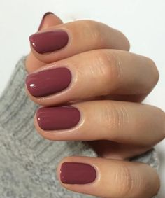 ongles Easy Classic Nail Art Designs to Look Nice Landscape photography - depth of field Article Bod Red Nail Polish, Pink Nails, Cute Nails, Pretty Nails, Classy Gel Nails, Fall Gel Nails, Classic Nails, Nagellack Trends, Instagram Nails