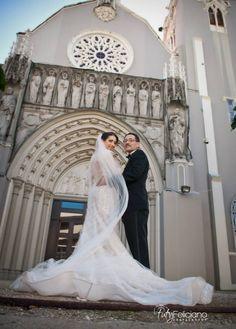 Puerto Rico wedding at The Vanderbilt condado. Photos by  Tuty Feliciano photography. San jorge church