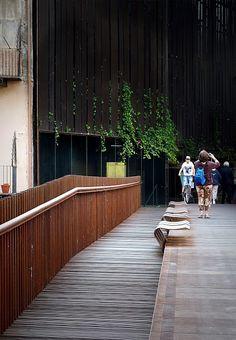 RCR Arquitectes + Puigcorbé Arquitectes || Proyecto Espacio Público Teatro La Lira, (Ripoll, España) || 2003