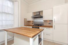 To #rent! 3 Bedrooms, 2 Bathrooms, Earls Court Road, #Kensington, #W8 £1,395 per week, fees apply #property