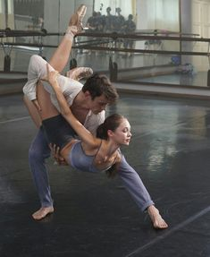 Boris Vallejo, Royal Ballet, Alvin Ailey, Carpe Diem, Dark Fantasy Art, Body Painting, Ballet Couple, Parejas Goals Tumblr, Ballet Dancers