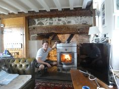 Find Out How An Ecco Stove 678 Is Heating AND Providing Hot Water For A  Somerset