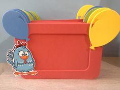 Lindo porta retrato confeccionado em eva no tema galinha pintadinha.  Deixe a sua festa ainda mais encantadora!   Fazemos em todas as cores, consulte nos.   Pedido minimo de 20 unidades   Para foto 10x15.