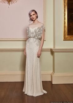 We take a look at the new Jenny Packham 2018 wedding dress collection, filled with unique wedding dresses, cool bridal trousers, and lots of sparkle. Jenny Packham Wedding Dresses, Jenny Packham Bridal, Bridal Wedding Dresses, Designer Wedding Dresses, Bridal Collection, Dress Collection, Vestidos Vintage, Spring Dresses, Beautiful Gowns