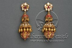 Gold Diamond Ruby Jhumka Designs Gold Jhumka Designs With Diamond and Rubies. Gold Diamond Ruby Jhumka Designs Gold Jhumka Designs With Diamond and Rubies. Gold Jhumka Earrings, Jewelry Design Earrings, Gold Earrings Designs, Gold Jewellery Design, Antique Earrings, Gold Necklace, Fancy Jewellery, Gold Designs, Emerald Jewelry