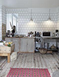 Une vieille boutique réaménagée en maison (1)
