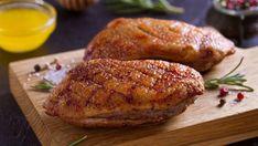 Chrumkavé a šťavnaté kačacie prsia inak Baked Potato, Chicken Recipes, Potatoes, Bread, Baking, Ethnic Recipes, Food Ideas, New York, Garden