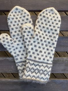 Värmdövanten – Hildurs Barnbarn Baby Knitting Patterns, Free Knitting, Crochet Patterns, Knit Mittens, Mitten Gloves, Fair Isle Knitting, How To Purl Knit, Christmas Knitting, Needle And Thread