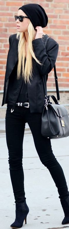 Chic In The City ● All black, street style ● LadyLuxury