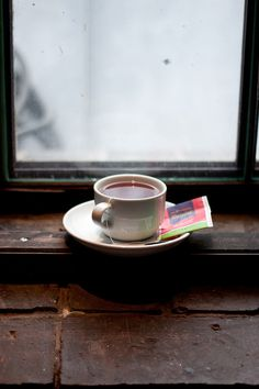 Can't wait to get my own quote room and be able to drink hot coffee or hot chocolate by a window like this <3