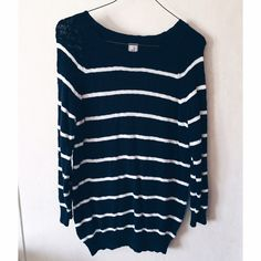 Striped Sweater Arizona brand in great condition Arizona Jean Company Sweaters Crew & Scoop Necks