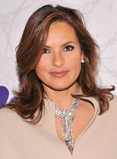 Layered Hairstyle for Round Faces - Mariska Hargitay Latest Hairstyles