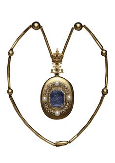 Empress Eugénie's Locket Pendant, c. 1805, locket c.1860, French. Gold oval locket, the cover set with a sapphire cameo of a Muse with lyre, framed in diamonds, within a diamond and pearl laurel wreath. Inside there is a glazed compartment containing a photograph of the Empress Eugénie. The locket is attached by a gold double E (for Eugénie) cipher surmounted by the Napoleonic Imperial crown to a gold chain interspersed with globes.