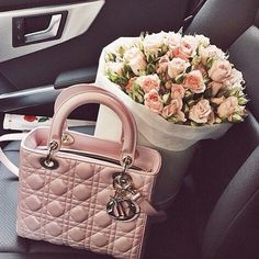 Because in spring you should match your purse to your favorite flower