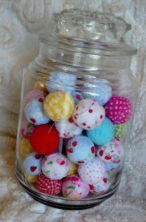 Cutie Pie Cottage: rag balls. Cute!