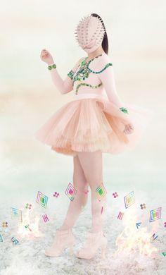 ももいろクローバーZ 2ndフルアルバム「5TH DIMENSION」特設サイト