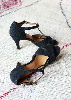 Sézane / Morgane Sézalory - Salomés shoes -Collection spring 2014 Taroudant www.sezane.com