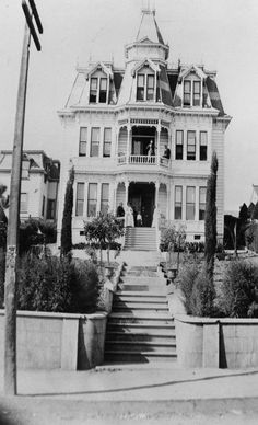 Isabella Pattison grew up in Los Angeles, the daughter of a physician. Perhaps not on Bunker Hill, nor on Temple Street, but it's good to see 1890 Los Angeles was more than a two-horse town. Spook Houses, Old Houses, Bunker Hill Los Angeles, California Camping, Southern California, American Mansions, Los Angeles Hollywood, Cities, Los Angeles Neighborhoods