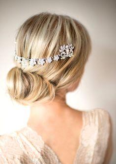 bridal hair chain   via http://emmalinebride.com/bride/bridal-hair-chain/