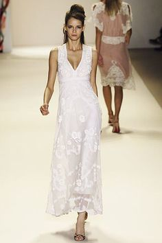 Temperley London Spring 2006 Ready-to-Wear Fashion Show Collection