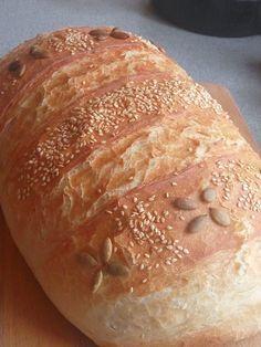 Kézzel dagasztott 1 kg-os házi fehér kenyerem! Nem csak kinézetre, de ízre is csodás! ;) – Recept Velem Torte Cake, Pan Bread, Bread And Pastries, Pastry Recipes, Canapes, Bread Rolls, Bakery, Paleo, Food And Drink