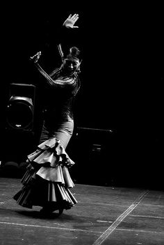 Kasandra la China dances #flamenco
