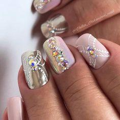 silver, glitter pink and aurora borealis bling Bridal Nails, Nail Inspo, Nail Artist, Nails Inspiration, My Nails, Hair Beauty, Bling, Aurora Borealis, Gel Nail