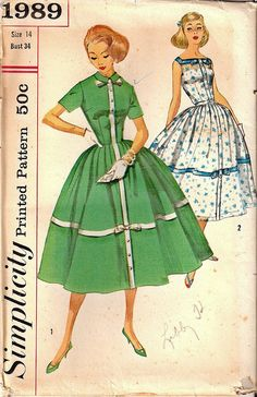 I love the lean lines and darling double bows on these great summer dresses. #vintage #sewing #pattern #retro #1950s #fifties #dress #Simplicity