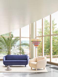Bobo sofa and chair designed by Joanna Laajisto and Cocktail shade designed by Hanna Anonen. #hakola #hakolabobo #hakolacocktail