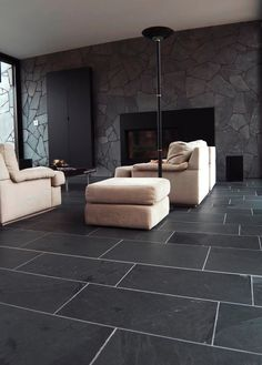 Black slate flooring tiles~ Want this in the kitchen & sunroom...maybe foyer too!